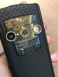 Vertu Constellation Touch Black Neon Silver Carbon Fiber