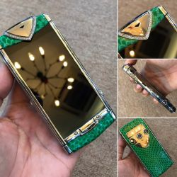 Vertu Constellation Touch Python Green