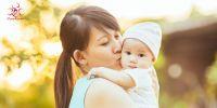 Hướng dẫn cách tắm nắng cho trẻ sơ sinh chuẩn 100%