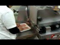 Sơ Chế Chuẩn Bị Hàng Thịt Bò Canada Cho Đại Lý - tdfood.vn
