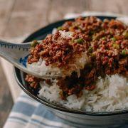 Thịt Bò Canada Xay Xào Mặn Ăn Với Cơm Đơn Giản Mà Ngon