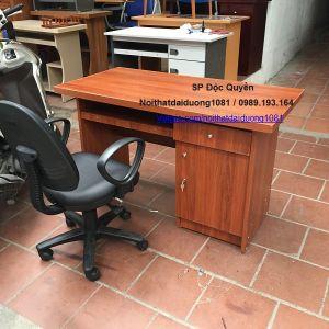 Bàn nhân viên văn phòng + ghế xoay BVT12Min màu Xoan Đào Đỏ