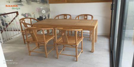 Bàn ghế phòng trà gỗ sồi tự nhiên hoàn thành.