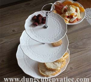 Đĩa tầng trưng bày bánh ngọt trái cây 3 tầng sứ hoa văn