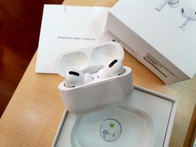 Tai Nghe Bluetooth Apple AirPods Pro Fullbox Chính Hãng Apple BẢO HÀNH 12 THÁNG