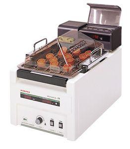 Bể ổn nhiệt có lắc mini Personal-11 SDN Taitec