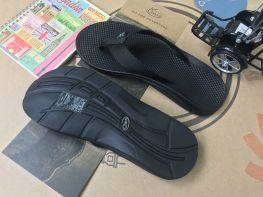 Chaco flip ecotread black