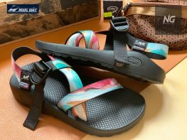 CHACO LIMITED EDITTION JCH107415