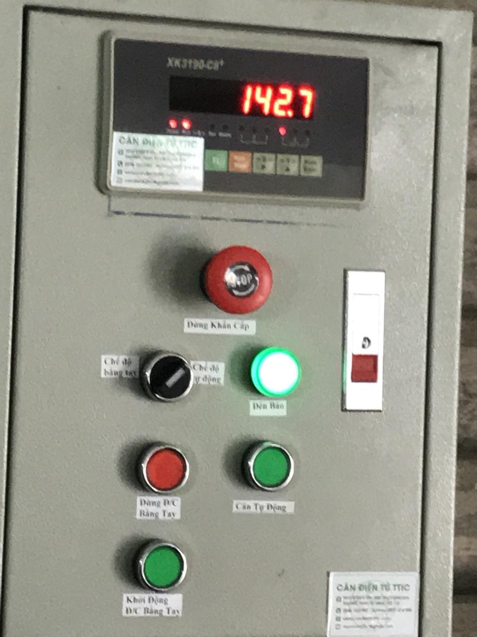 tủ điện cân điều khiển