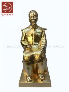 Tượng Bác Hồ Ngồi Ghế Tre - Dát Vàng 24k