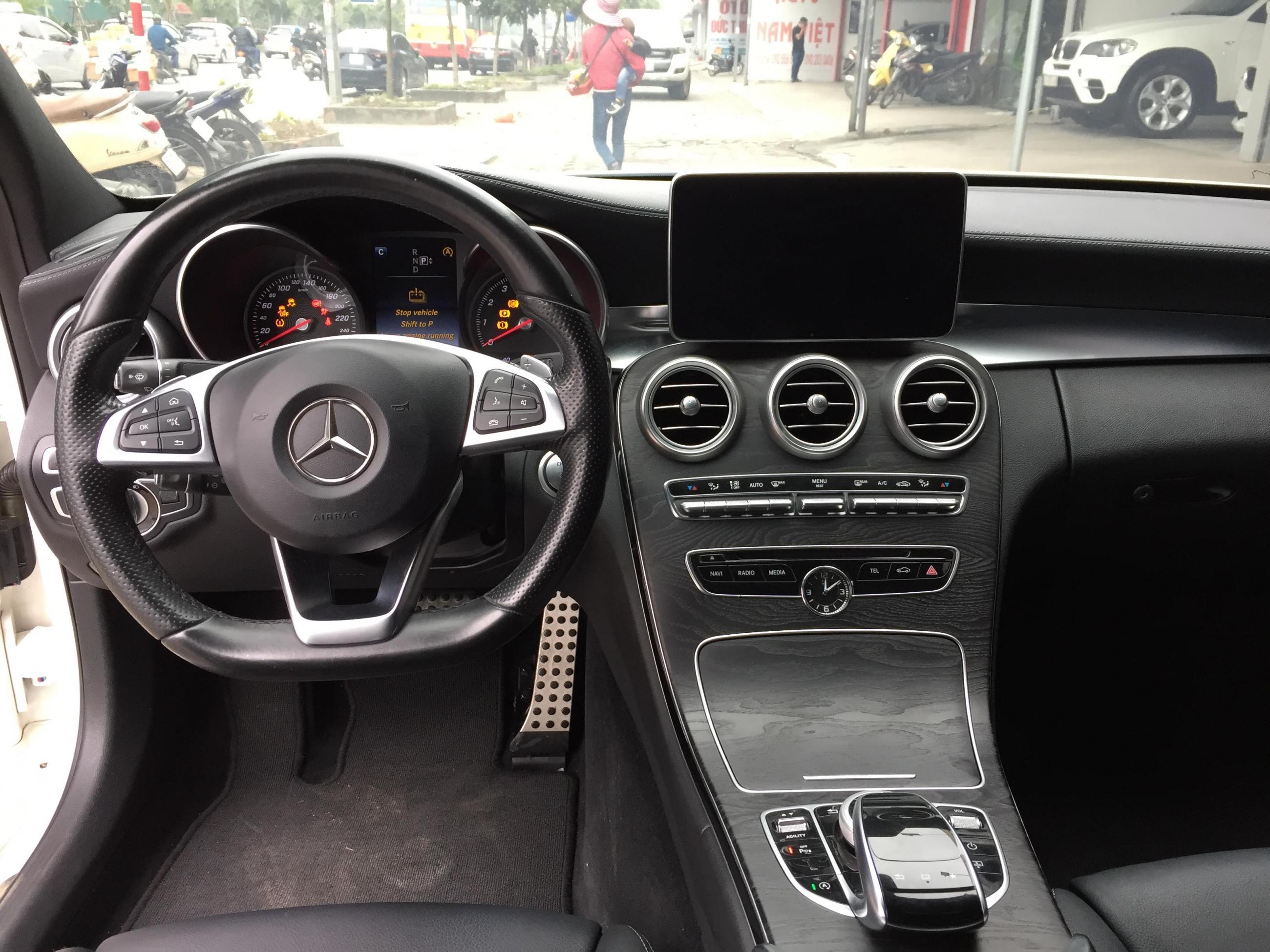 Mercedes Benz C250 AMG 2015 - 10