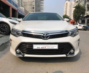 Xe Toyota Camry 2.0E 2018 - Trắng