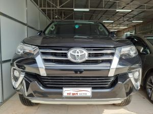 Xe Toyota Fortuner 2.7AT 2017 - Đen