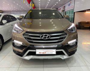 Xe Hyundai Santa Fe 2.4AT 2018 - Nâu