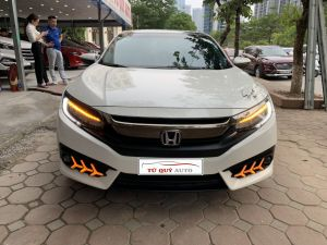 Xe Honda Civic 1.5L Turbo 2017 - Trắng