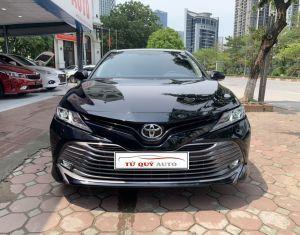 Xe Toyota Camry 2.0G 2019 - Đen