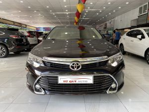 Xe Toyota Camry 2.0E 2019 - Đen Nâu