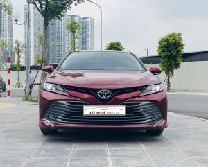 Xe Toyota Camry 2.0G 2019 - Đỏ