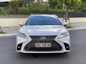 Xe Toyota Camry 2.5Q 2020 - Trắng