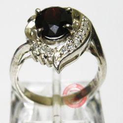 nhẫn granat  đẹp-TSVN