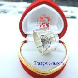 Nhẫn ngón chân bạc ta đẹp-TSVN