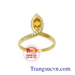 Nhẫn nữ thạch anh vàng đẹp