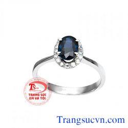 Nhẫn đá sapphire vàng trắng