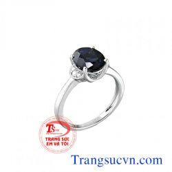 Nhẫn nữ đá sapphire vàng trắng