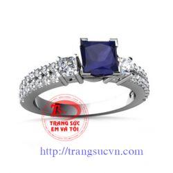 Nhẫn sapphire xanh  vàng trắng