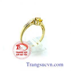 Nhẫn vàng nữ sapphire vàng