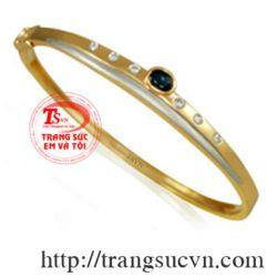 Vòng gắn kim cương và saphire TSVN