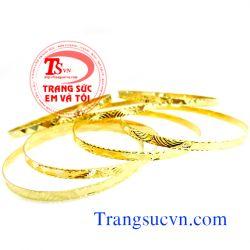Vòng vàng tây bản đẹp TSVN