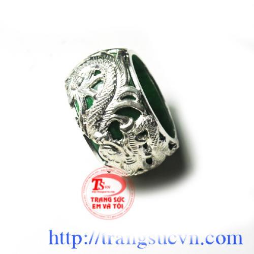 Nhẫn ngọc bọc bạc cao cấp