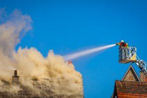 Dập lửa khi có hỏa hoạn
